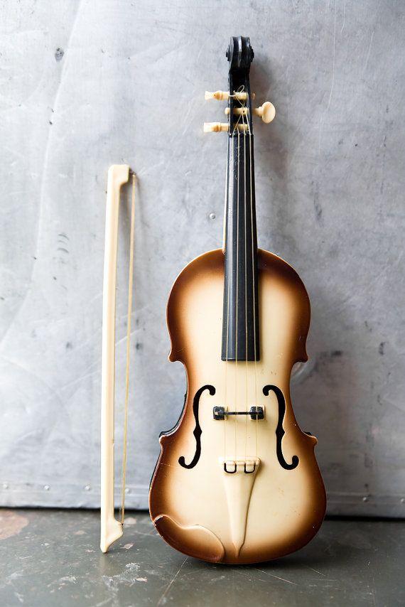 Vintage Toy Violin and Bow by ReneeVintage on Etsy: Amazing Violin, Musical Prop, Music Violin, Musical Instruments, Violin Design, Beautiful Violin, Violin Musical