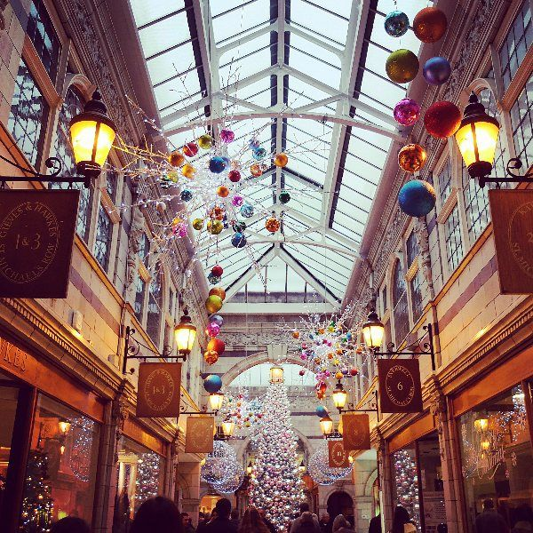 By cariad.yoga: It's beggining to look a lot like Christmas... #Chester #GrosvenorArcade #Arcade #Architecture #arcade #micrhobbit