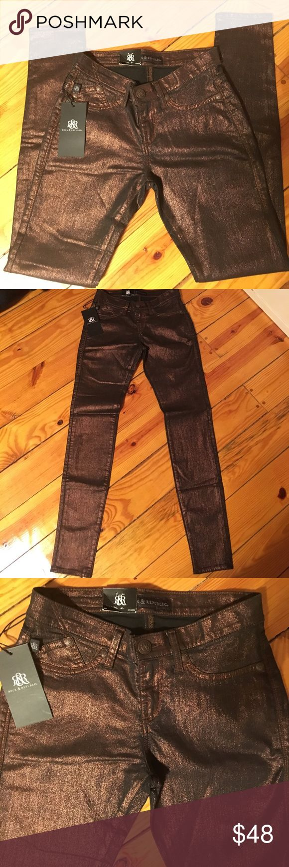 Rock & Republic Copperhead Jeans Rock & Republic stretch jean leggings. Great for the fall and winter for holidays or clubbing or just having fun. So cute... see pics for details.  These are a leggin jean. Rock & Republic Jeans Skinny