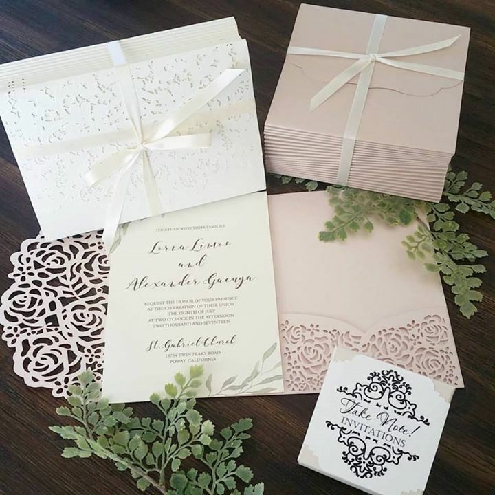 wedding stationery folders%0A Fairepart mariage dentelle  Pochette Romantique