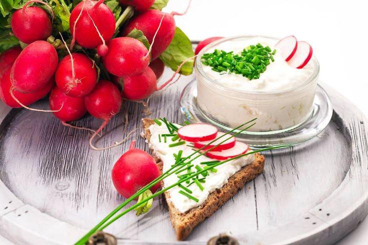 Recuerda que los rábanos ayudan a tu sistema nervioso, además te aportan fibra y potasio. Trata de consumirlos en ensaladas.