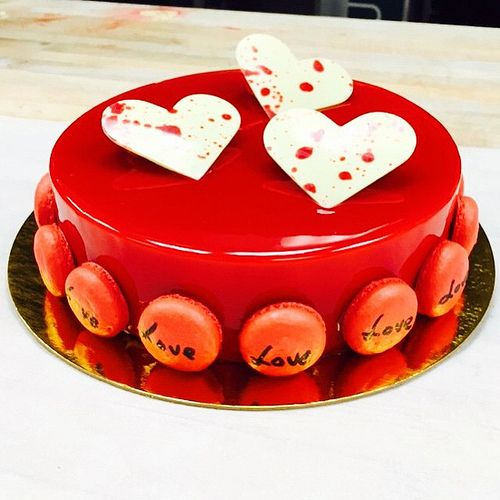 Pastry Chef Antonio Bachour - St Valentine's Entremet for a Special Guest @stregisbalharbour #bachoursimplybeautiful #bachour