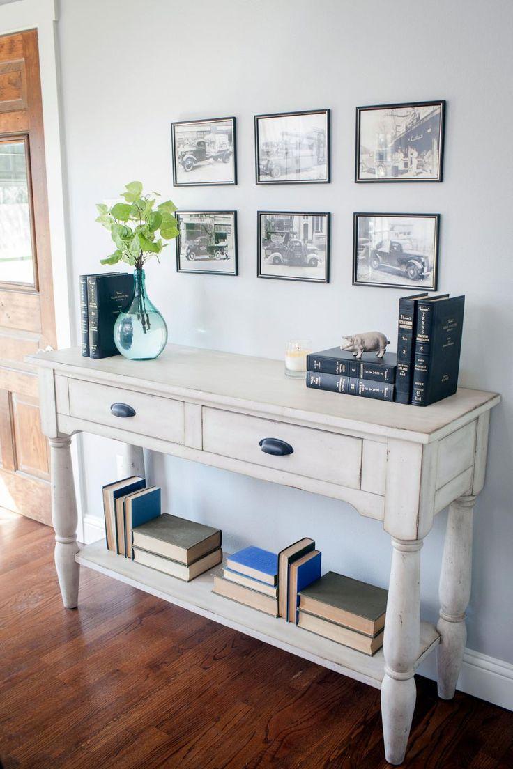 Best 25 Fixer Upper Furniture Ideas On Pinterest Fixer Upper Living Room Joanna Gaines