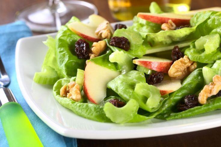 In jurul lumii in cautarea experientelor culinare - Salata Waldorf, SUA - foodstory.stirileprotv.ro