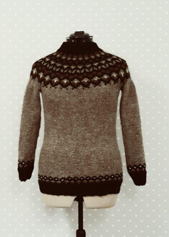 Wool sweater Icelandic pattern