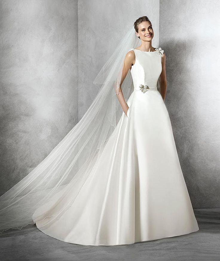 Telde, abito da sposa moderno con strass