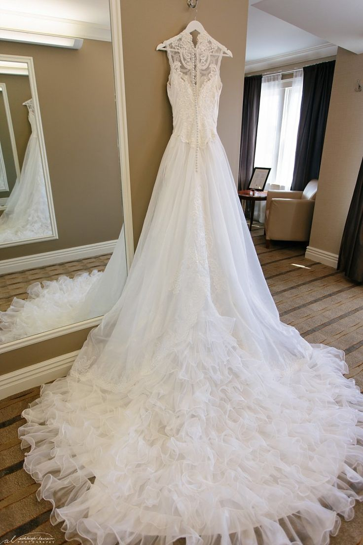 954 best Bridal Style & Inspiration images on Pinterest | Gown ...