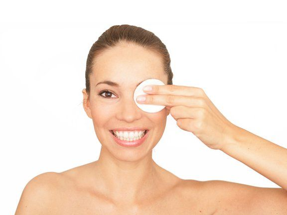 Die besten Hausmittel gegen Augenringe - Seite 4 | EAT SMARTER