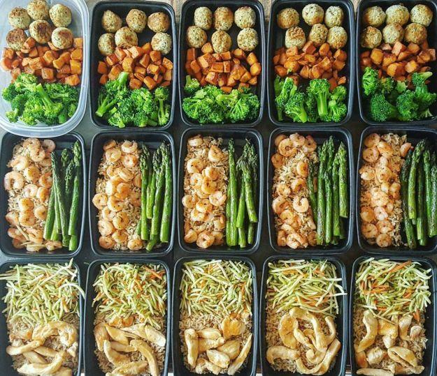 Cette prépa qui inclut du poulet, de la dinde, ET des crevettes. | 23 photos qui vont vous donner envie de préparer votre repas à l'avance
