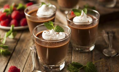 Mousse au chocolat se šlehačkou