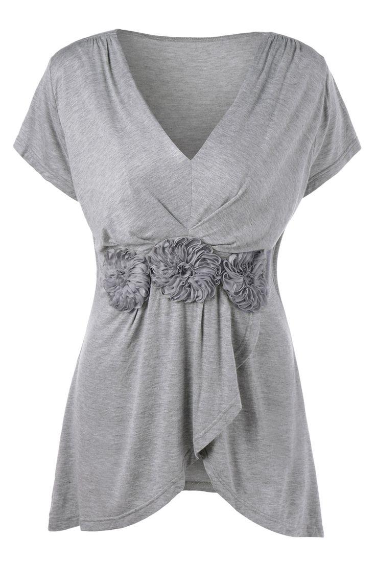 $15.72 Plus Size Stereo Flower Overlap T-Shirt - Gray