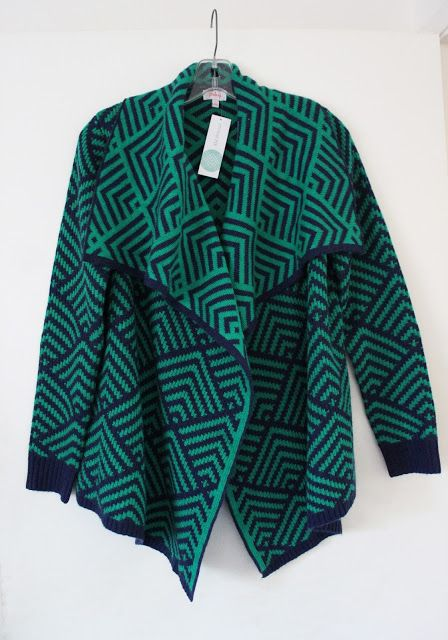 Pixley Dali Cardigan Stitch Fix. Cozy sweater in a gorgeous rich green and blue geometric pattern. Love it with my Marson Wide Leg Trousers from Dear John. Statement pieces, no accessories needed.