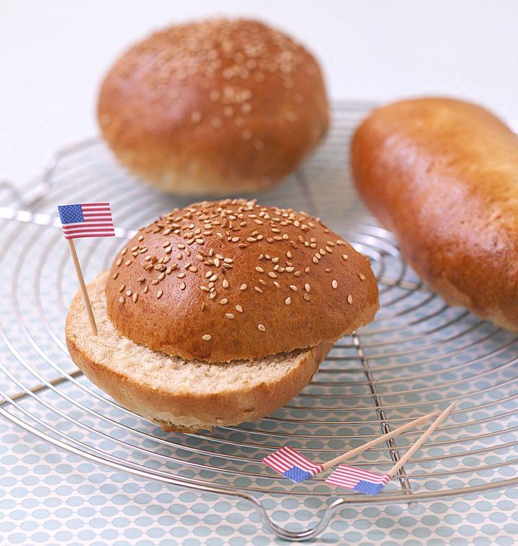 Photo recette : Pains pour burger et hotdog maison