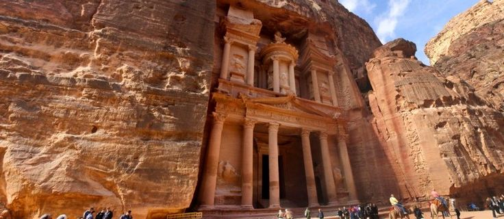 Wereldwonder: De rotswoningen van Petra - Travelta Op Reis Gaan