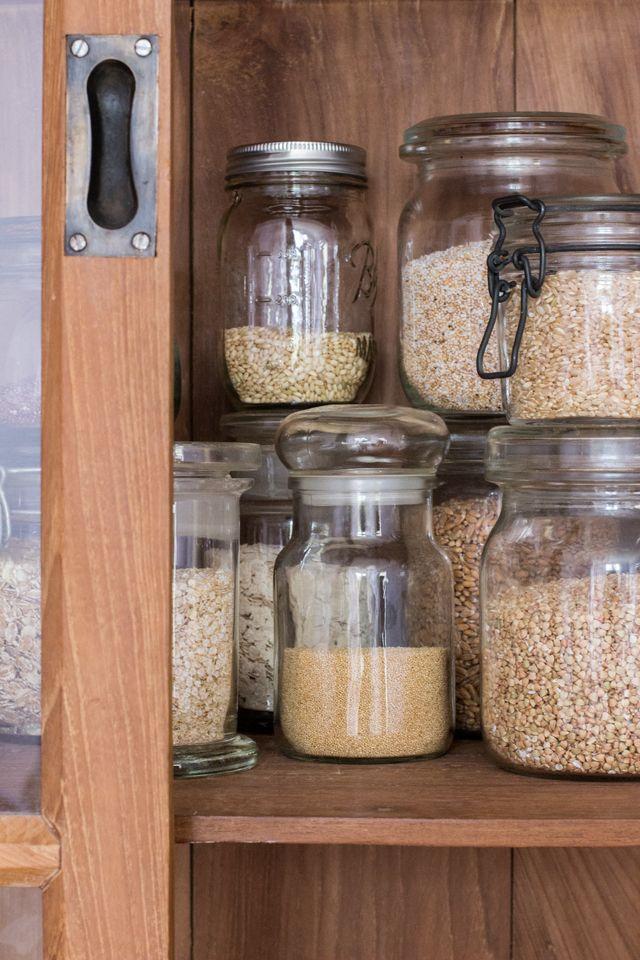 Basisausstattung: Über Getreide- und Pseudogetreidesorten in einem vollwertigen Vorratsschrank - Carrots for Claire