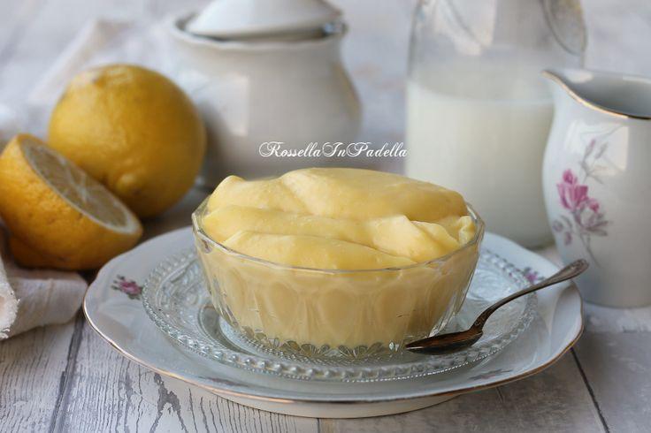 La ricetta della crema pasticcera al microonde, pronta in 4 minuti, con la ricetta del Maestro Iginio Massari e versione leggera. Densa e soda e buonissima