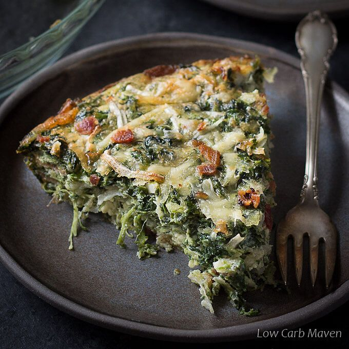 Easy low carb keto Crustless Spinach Quiche Recipe with Bacon adapted from the original Atkins quiche recipe is great for Atkins Induction (phase 1 Atkins).