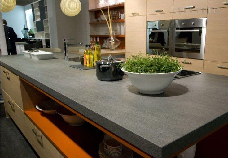 Cuisine plan de travail en lot de cuisine moderne for Plan de travail cuisine en ceramique