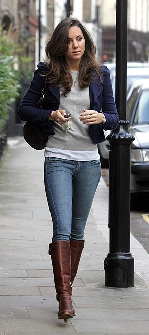 She single-handedly boosted the UK economy by 1 Billion Pounds.... and she is stunning in jeans. *Sigh*