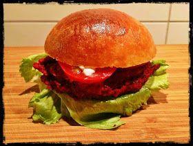 Zeleninová verzemasových hamburgerů - třeba budou Vašim dětem chutnat :) Mne mile překvapil...