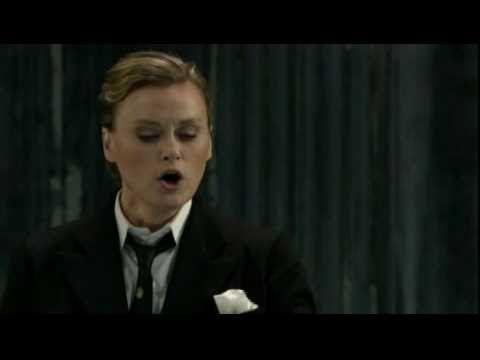 ▶ Vesselina Kasarova - Parto, parto, ma tu ben mio - la clemenza di tito