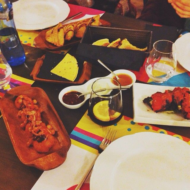 Vivimos aqui  #tandoor #ricotodo #barcelona #hype #dinner #melocomotodo #butterchickenenuntupper #tandoorbarcelona #paulatambienestuvoaqui