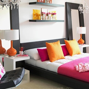 ORANGE: Colorful Modern Tangerine and hot pink combine to give this bedroom