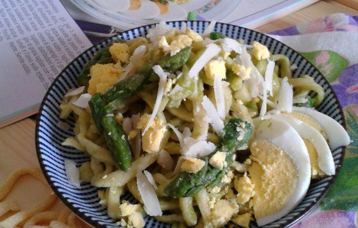 Tagliolini con asparagi