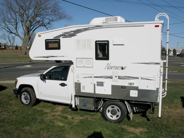 Here is a Northstar Escape Pod on a Chevrolet Colorado 4X4