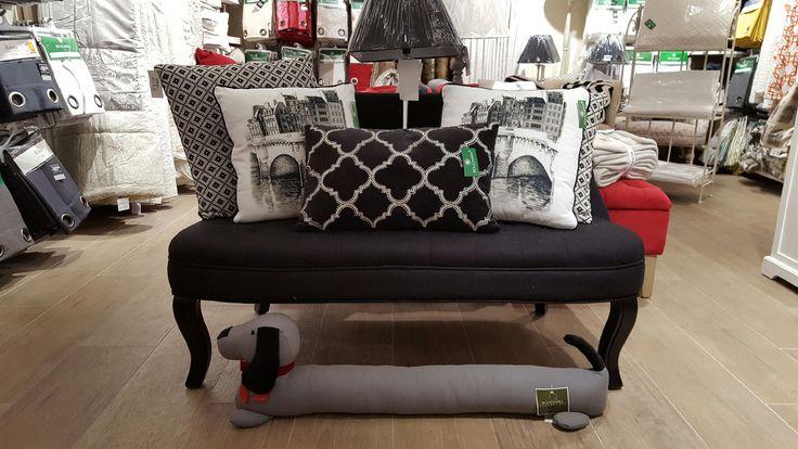 Notre collection de #coussins, petit #mobilier, #rideaux, #tissus, #luminaires, #decoration d' #interieur à #Cannes http://www.bouchara.com