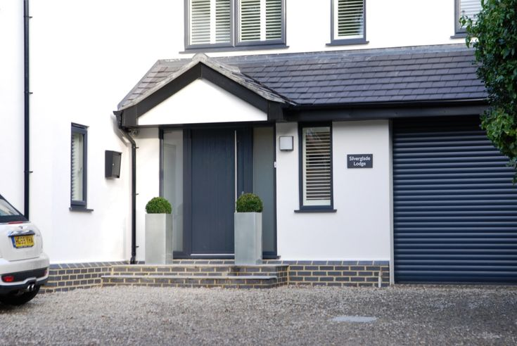 32 best images about oak or contemporary porch on for Contemporary front porch designs uk