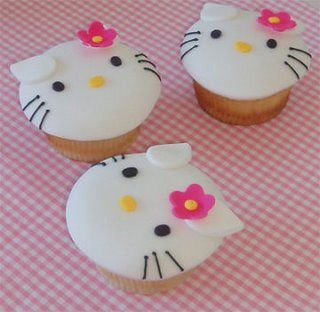 Love these!! Hello Kitty Cupcakes