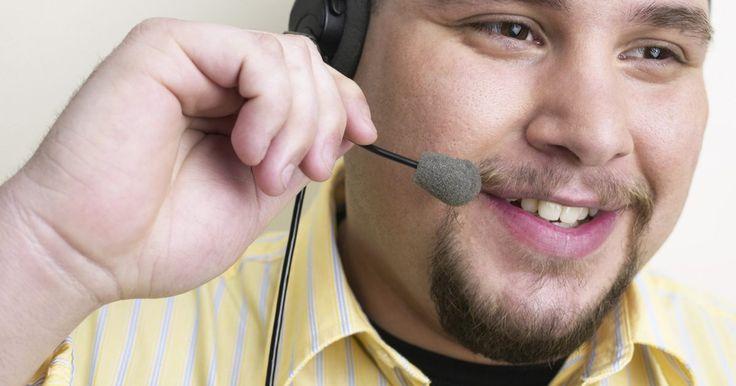 ¿Qué tipo de micrófonos funcionan en mi PS3?. El sistema de videojuegos PlayStation 3 soporta chat entre jugadores en ciertos ambientes en línea. Este chat por voz es facilitado por sistemas de micrófono en la forma de auriculares inalámbricos y alámbricos. A diferencia de otros sistemas de videojuegos, la PlayStation 3 ofrece compatibilidad con auriculares de marca Sony y de sistemas de ...