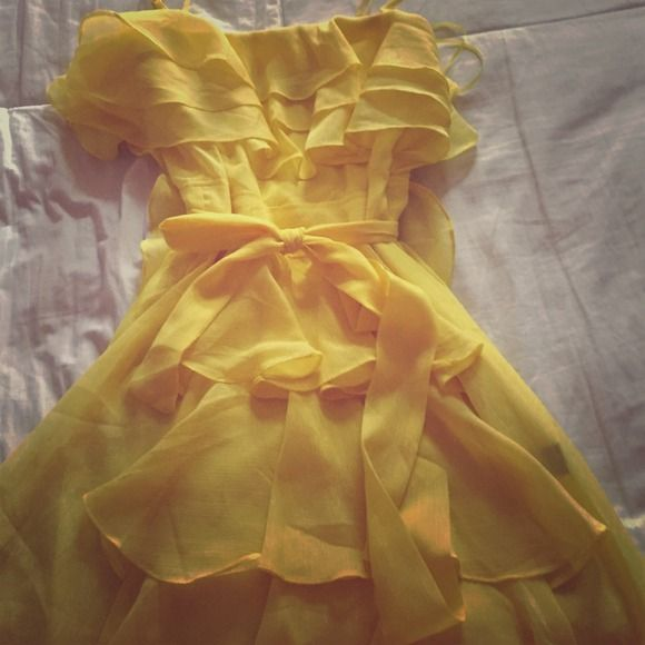 yellow dress 12 months spanish