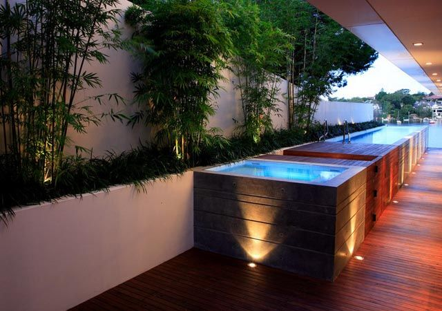 Landscaped garden with jacuzzi