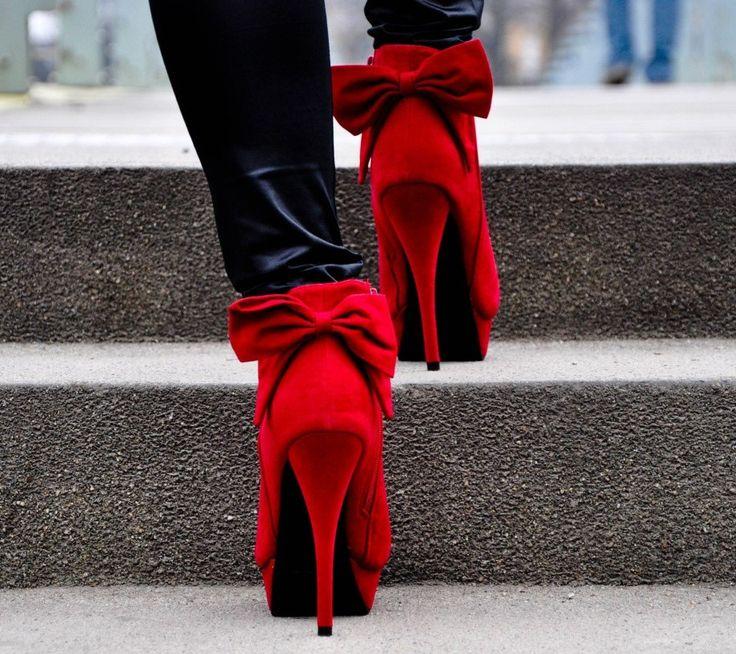 boty na podpatku - Hledat Googlem