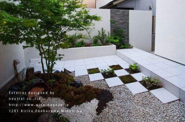 和洋折衷の坪庭