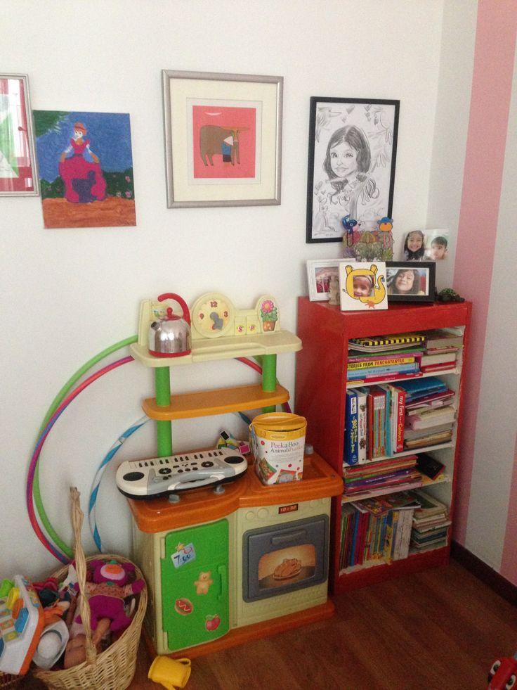 a plain white ikea bookshelf now have a new look..