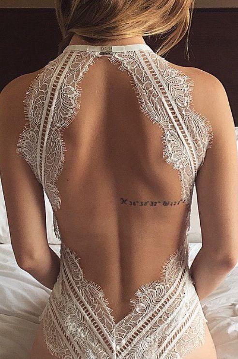 Pretty lace frame back
