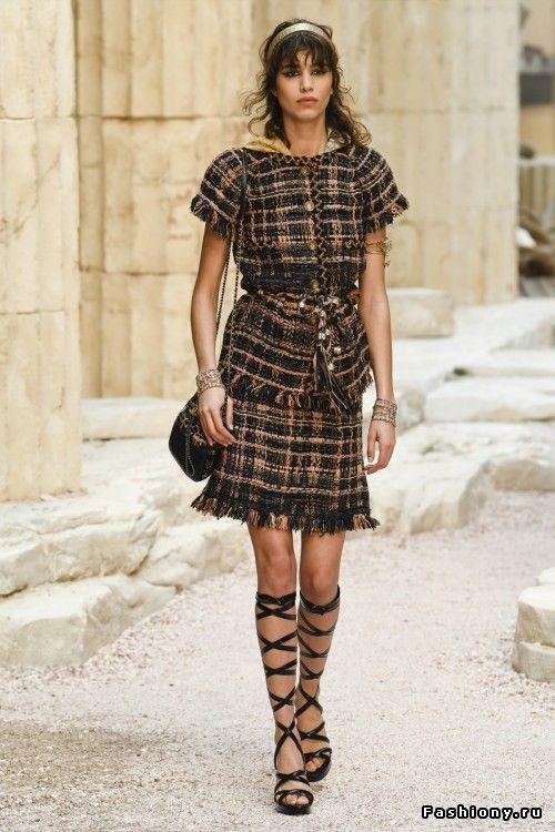 Chanel Круизная коллекция 2018