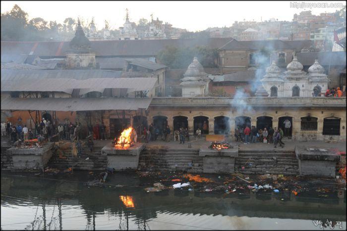 Kathumandu/파슈파니나트사원앞 화장터/NEPAL
