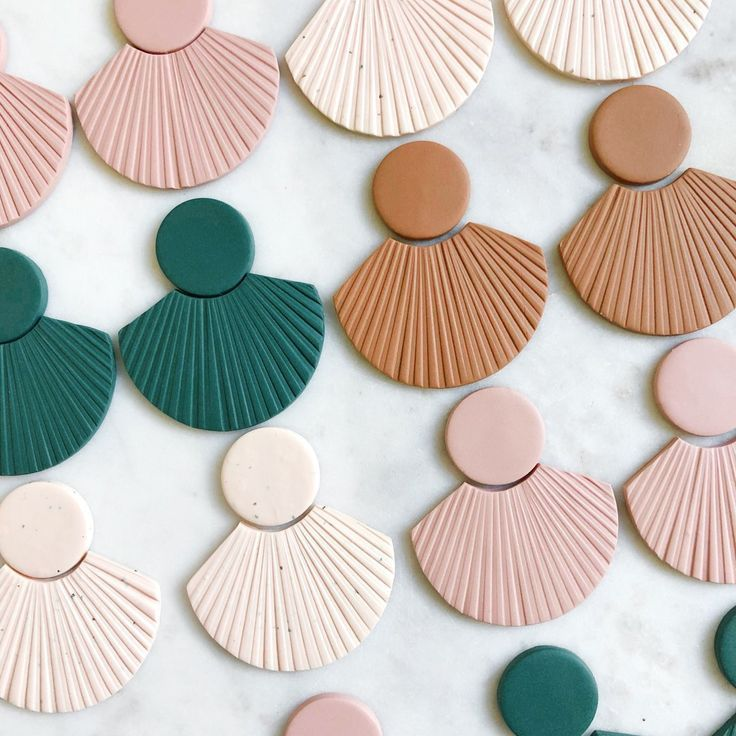 CORA in Terracotta // Polymer Clay Earring – #Clay #CORA #Earring #Polymer #Terr…