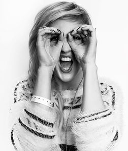 Ellie Goulding, folks. And just to be clear, she will probably be all over your feed. You're welcome.