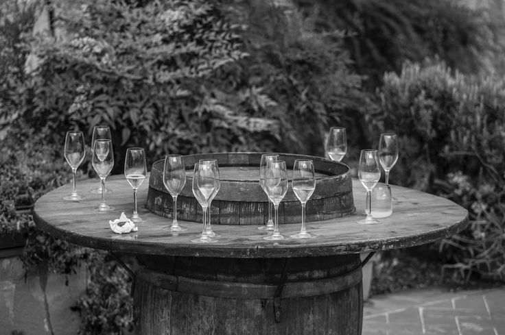 Vinene som blir servert er vinslottets egene viner.  www.italienskebryllup.no