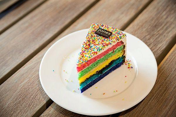 rainbow-cake #JonesKhaoYai #ThymeHillVillage   #JonesAtThyme