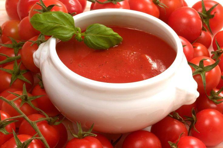 Studiu: Sosul de rosii cu ulei de masline, secretul unei inimi sanatoase: http://femina.rol.ro/studiu-sosul-de-rosii-cu-ulei-de-masline-secretul-unei-inimi-sanatoase-91884.html