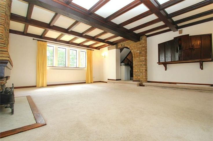 To Let West End Lane , Stoke Poges £1,500