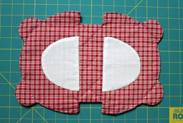 Japanese patchwork teddy bear quilt bag / zipper pouch sewing purse. Сумочка мишка Тедди.