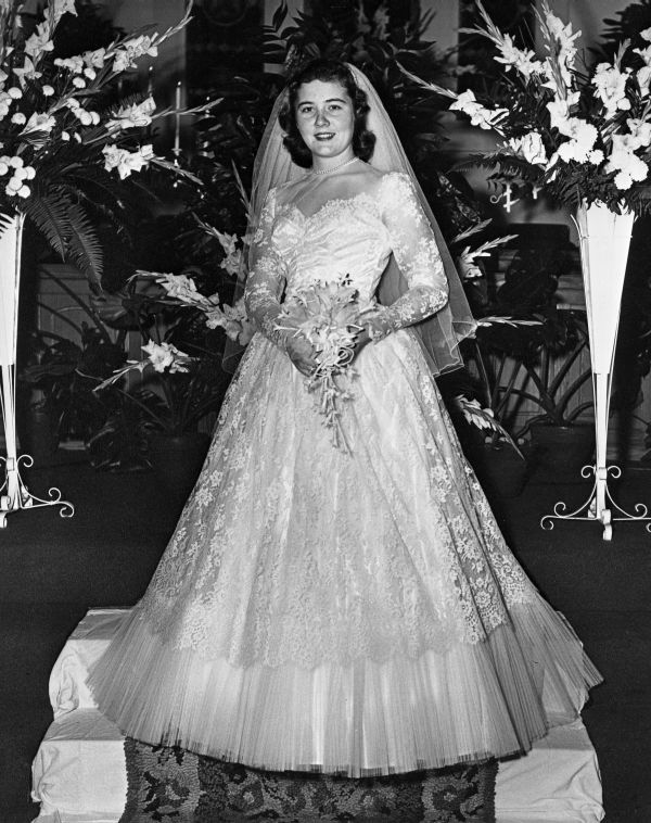 Carolyn Lucille Black Davis in her lace wedding gown at First Methodist Church in Lake City (1953).   Florida Memory