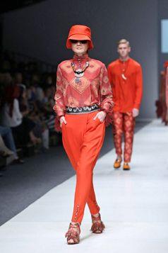 Etnic Blouse cola Pant - Jakarta Fashion Week 2016 | Itang Yunasz S/S Collection  www.itangsz.com